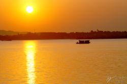 250px-Dongting_Lake.jpg